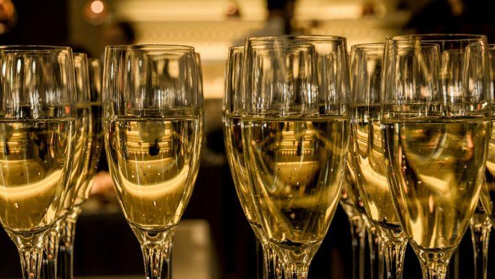 champagne-583410_1920_edited